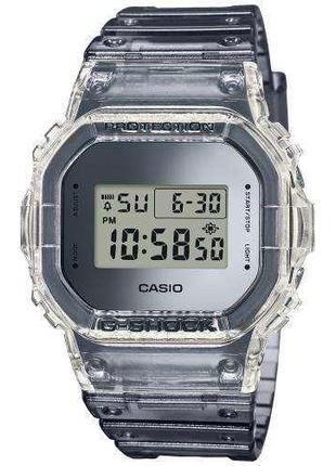 Часы наручные Casio G-Shock DW-5600SK-1ER