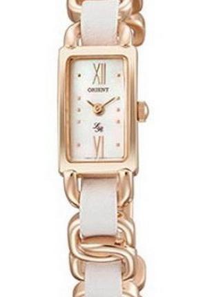 Кварцевые наручные часы-браслет Orient LRBDA004W0 женские с ми...