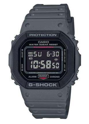 Мужские наручные часы Casio G-Shock DW-5610SU-8ER с полимерным...