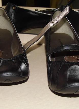 Туфли кожаные hush puppies  36 размер- стелька - 23 см.