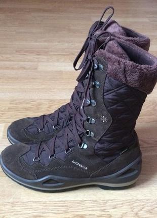 Зимние термо ботинки lowa германия 41,5 размера в состоянии новых