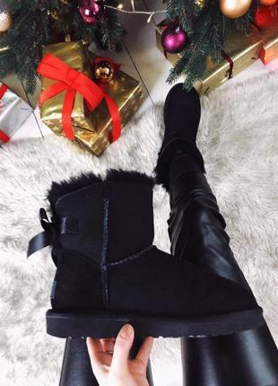 Ugg bailey bow mini black натуральные женские зимние сапоги уг...