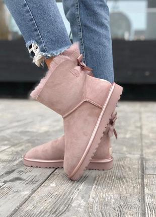 Ugg bailey bow mini pink натуральные женские зимние сапоги угг...