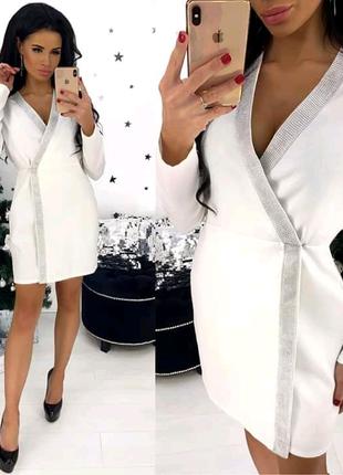 Платье. Плотная костюмка. Норма