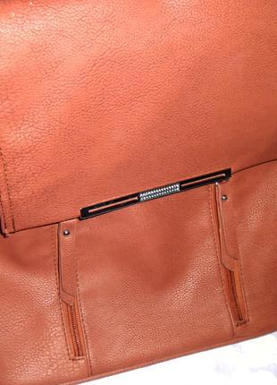 Кожаная, коричневая сумка планшетка с регулируемой длинной ручкой