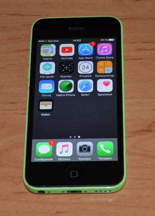 Apple iPhone 5c 8Gb.