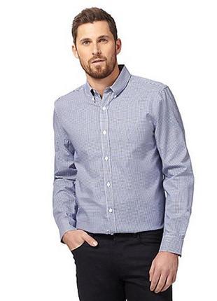 Приталенная мужская рубашка в вертикальную мелкую полоску