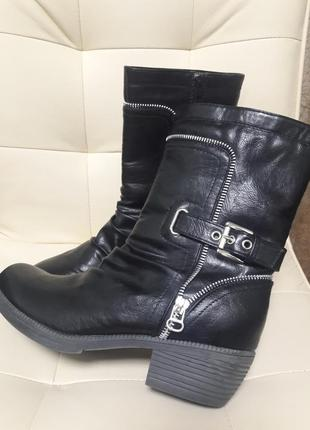 Женские черные сапоги ботинки