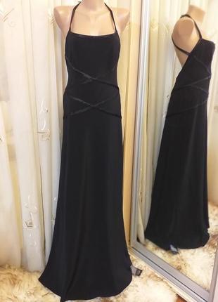 Вечернее платье со шлейфом и открытой спиной pearce fionda