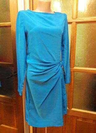 Платье небесно синего цвета с драпировкой