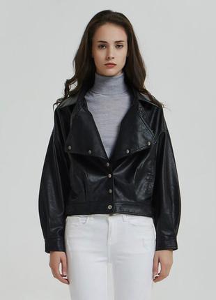 Черная, кожаная куртка, косуха, парка