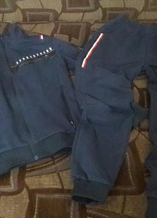 Спортивный костюм на мальчика 11-12 лет