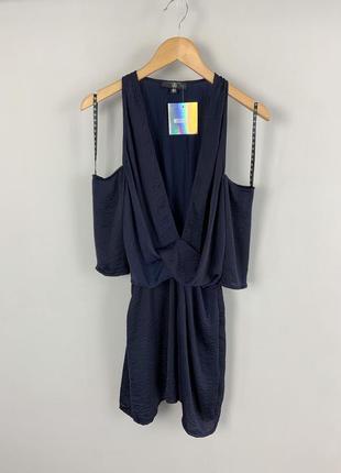 Легкое вечернее темно-синее мини платье с открытыми плечами и ...