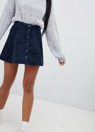 Вельветова расклешенная темно-синяя юбка на пуговицах высокая ...