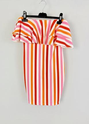 Облегающее платье бандо с воланом boohoo