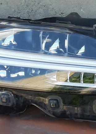 Volvo S90 V90 Фара 32228311