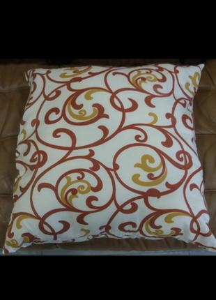 Подушка новая 60×60