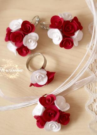 """Комплект украшений с цветами """"бело-красные розы"""""""