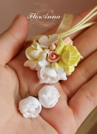 """Комплект с цветами из полимерной глины """"лимонный аромат""""(серьг..."""
