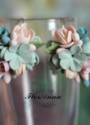 """Авторские серьги с цветами из полимерной глины """"воздушный марм..."""