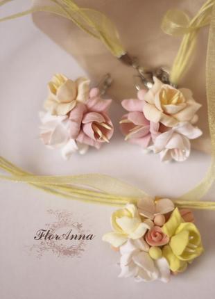 """Кулон и серьги с цветами из полимерной глины """"персиковая ваниль"""""""