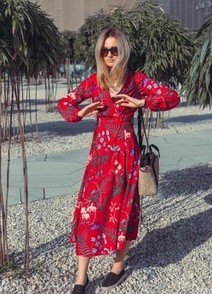 Стильное красное платье миди h&m на запах