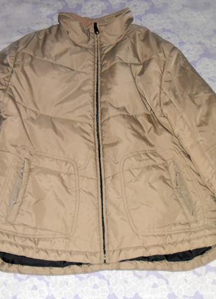 Бежевая, стеганная куртка, парка, пуховик с удлиненной спинкой