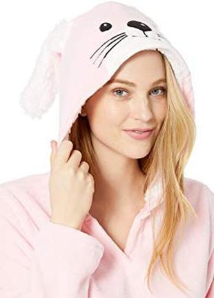 Пижама с капюшоном и ушками.