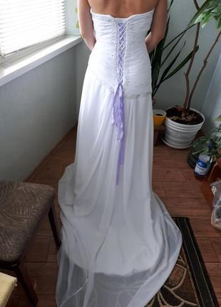 Белое вечернее или свадебное платье со шлейфом с корсетом ( s-l)