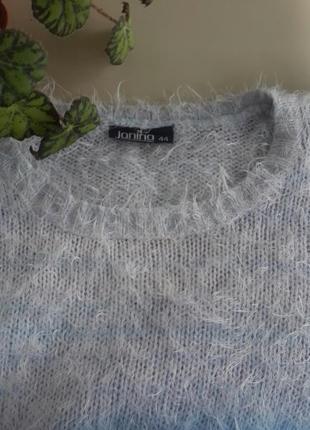 Воздушный теплый свитер травка нежно розовый, голубой и белый ...