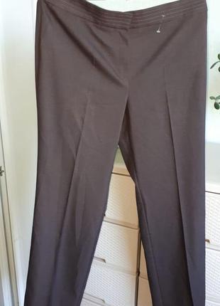 Отличные брюки коричневые штаны большого рпзмера на талии