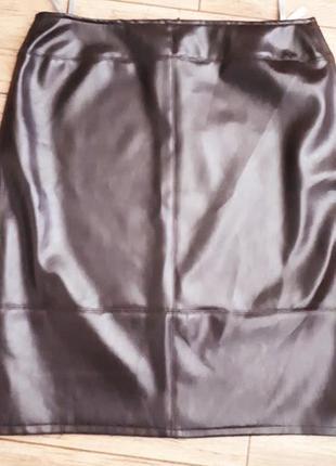 Кожаная юбка карандаш шоколадная кожзам