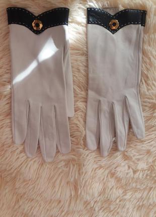 Кожание нежние перчаточки от nina ricci оригинал!!! Nina Ricci