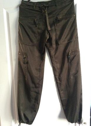 Итальянские фирменные свободные штаны цвет хаки benetton