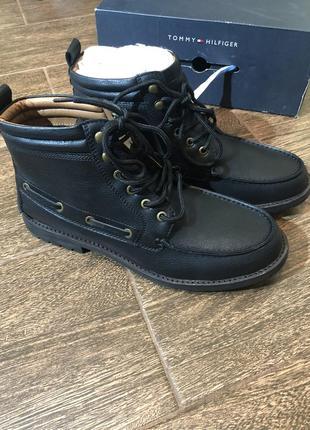 Качественные высокие ботинки