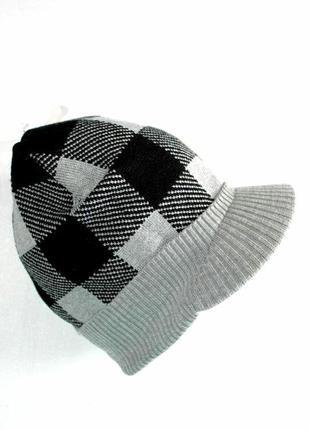 Модная трикотажная детская шапка с козырьком от takko fashion ...