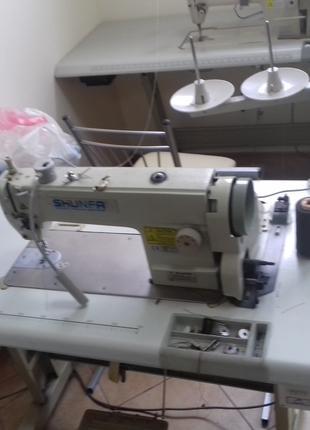 Промышленную швейную машину Shunfa 818 U c серводвигателем