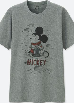 Футболка с мики маусом uniqlo mickey art jeffrey brown