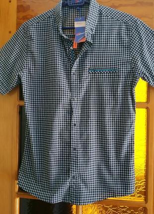 Мужская рубашка сорочка тениска с коротким рукавом в клеточку