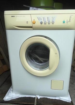 Стиральная машина автомат Zanussi