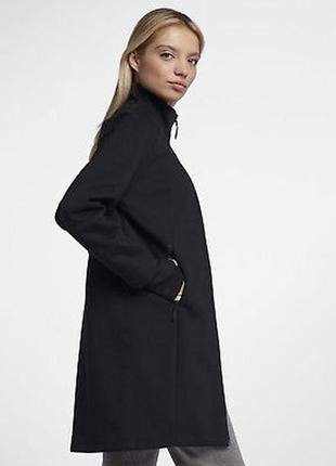 Новая непромокаемая куртка/пальто nike из премиум линейки tech...