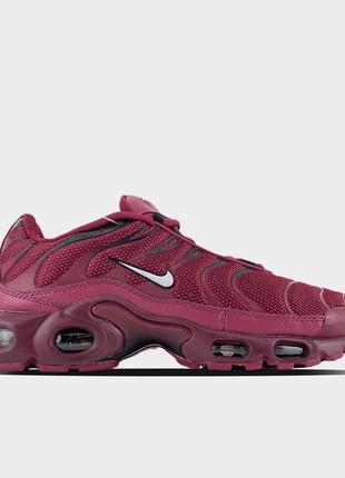 Nike air max tn plus burgundy.
