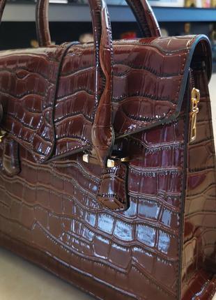 Шикарна сумка тоут рептилія