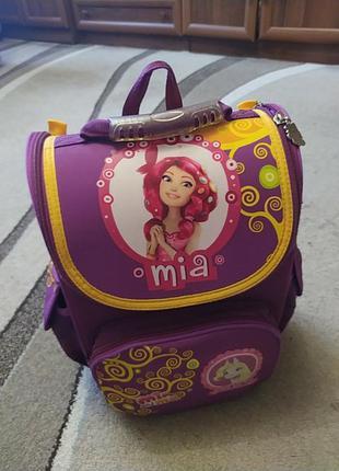Рюкзак с ортопедической спинкой с 1 по 4 класс