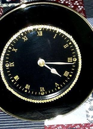 Настольные часы Heng Rong. Quarts.