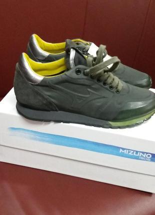 Кожанные итальянские кроссовки утеплены