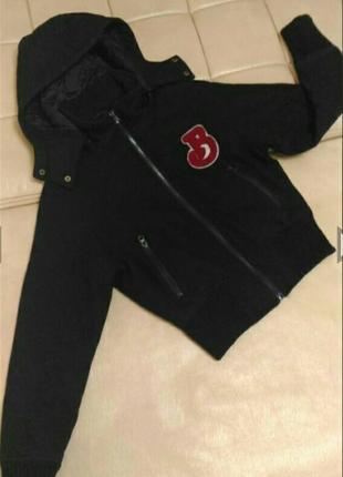 Куртка бомбер с капюшоном, р.S