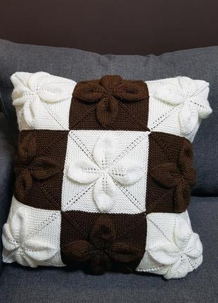 Декоративная диванная вязаная интерьерная подушка