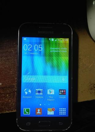 Смартфон Samsung J100