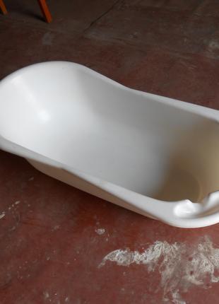 Ванночка для ребёнка Чешская